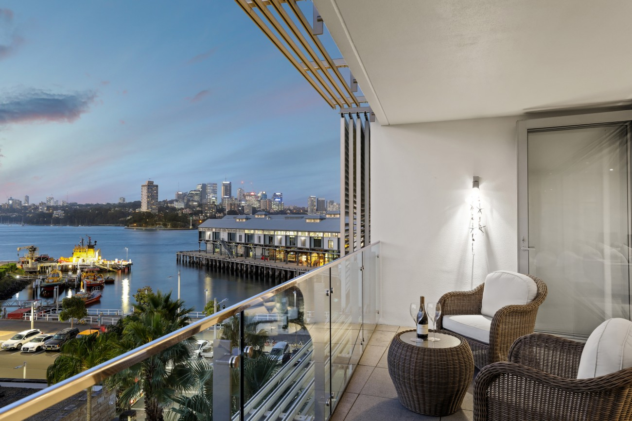 21/5 Towns Place